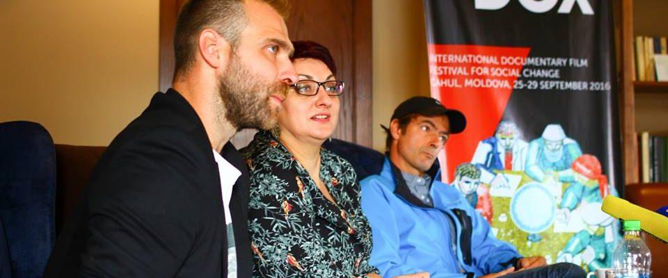 Conferința de presă în cadrul căreia a fost prezentat festivalul internațional de film documentar MOLDOX