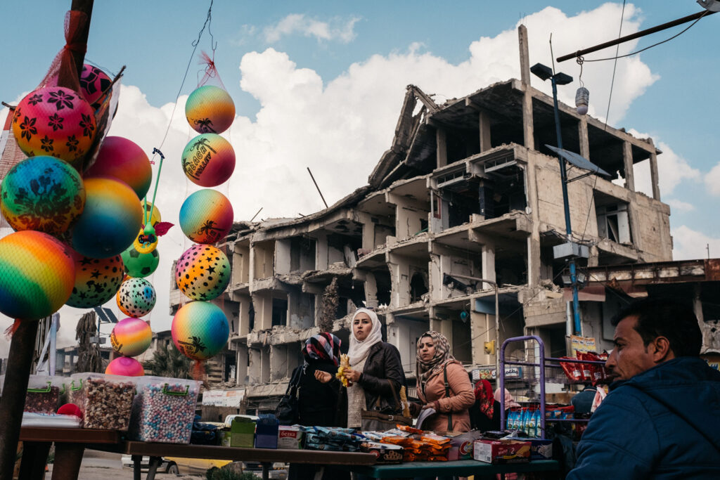 9 days in raqqa-2